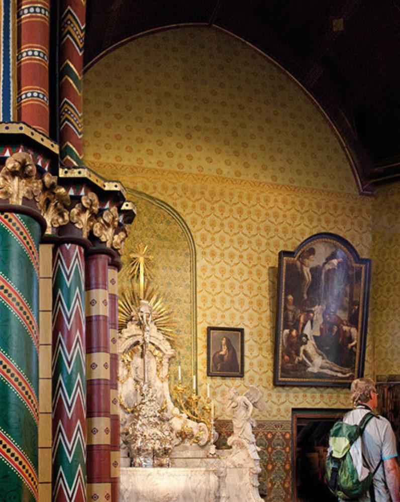 Basiliek van het Heilig Bloed (Basilique du Saint-Sang)
